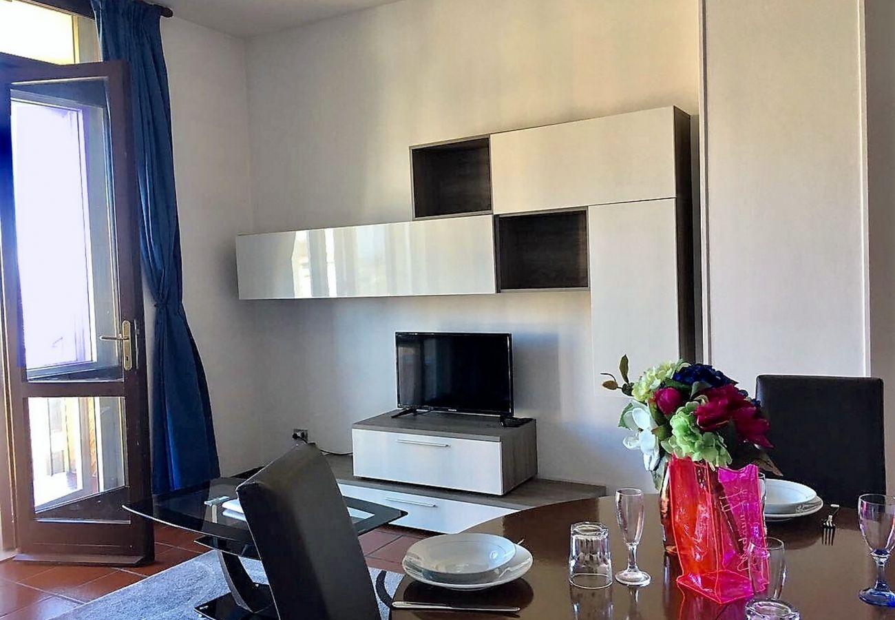 Appartamento a Desenzano del Garda - Desenzanoloft:Appartamento BuenaVista Vista Lago Desenzano CIR 017067-CNI-00071