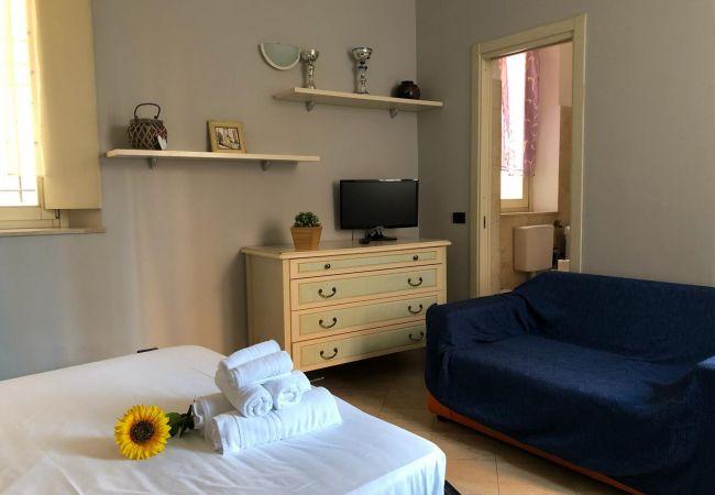 Studio a Desenzano del Garda - ST.JOOHNS CENTER DESENZANO * (CIR 017067-CIM-00340)