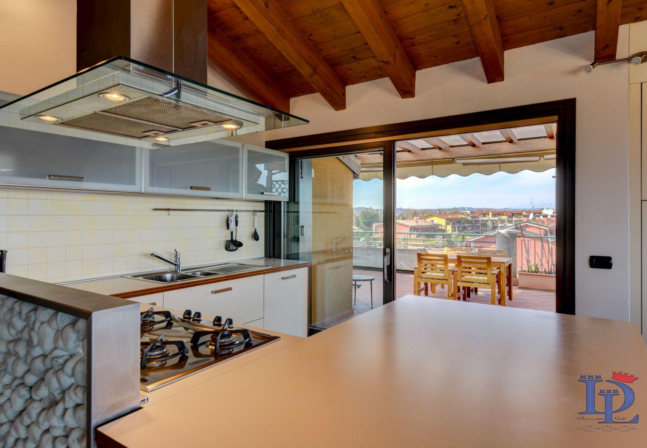 Appartamento a Desenzano del Garda - Desenzanoloft: Paradise Lake View with 5 swimming pool CIR 017067-CNI-00069