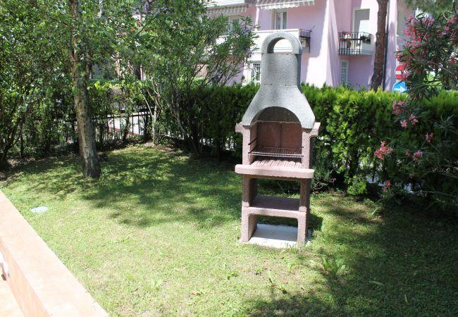 Villa a Desenzano del Garda - VILLA CON PISCINA COPERTA E GIARDINO *