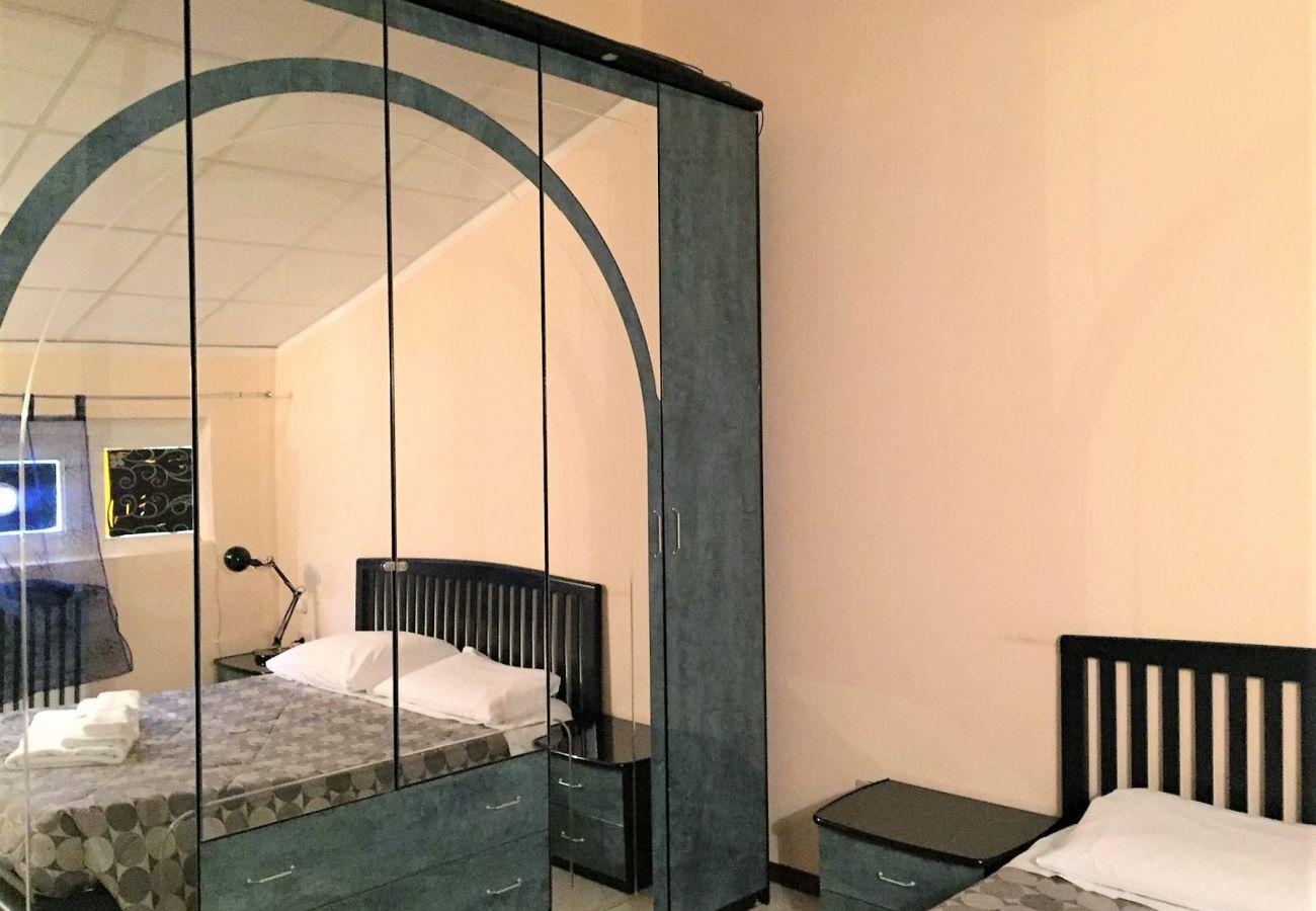 Appartamento a Desenzano del Garda - Desenzanoloft: BARDOLINO 3 * CIR 017067-CNI-00233
