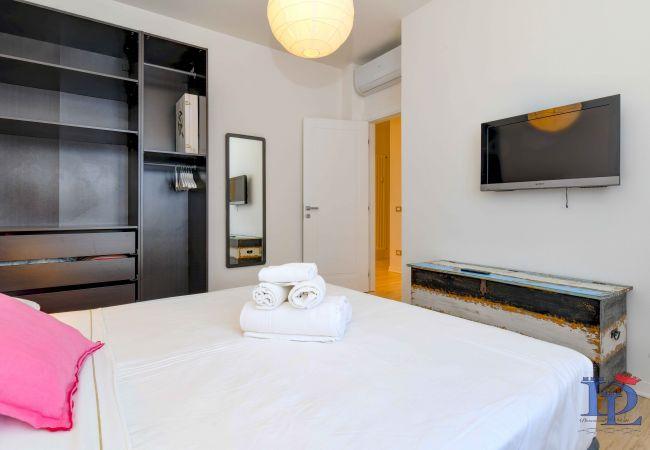 Appartamento a Desenzano del Garda - Desenzanoloft:  La Finestra sul Lago