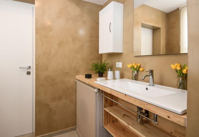 Appartamento a Desenzano del Garda - Desenzanoloft: GOLDEN SUITE * CIR 017067 CNI 00500