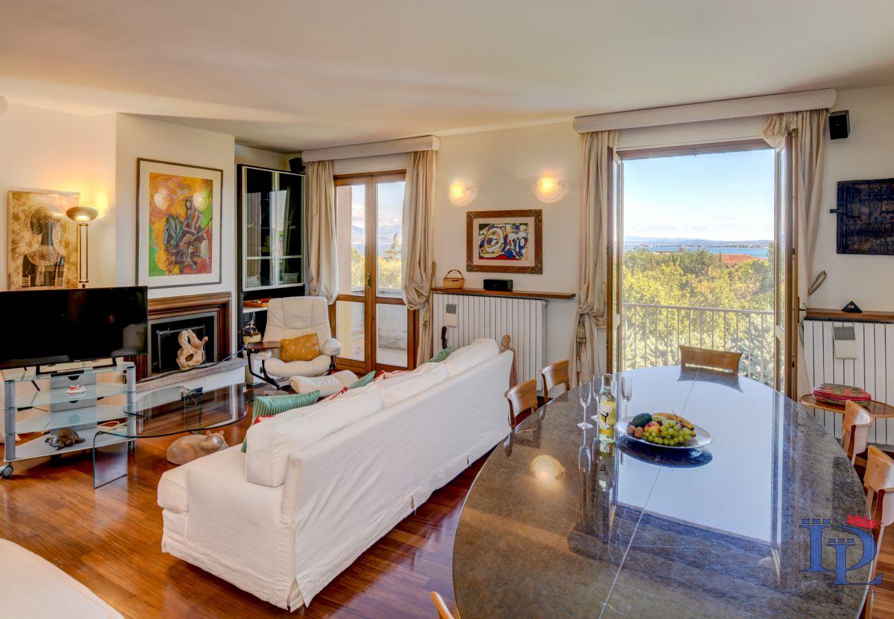 Appartamento a Desenzano del Garda - DesenzanoLoft: La stella del Garda 017067-CNI-00580