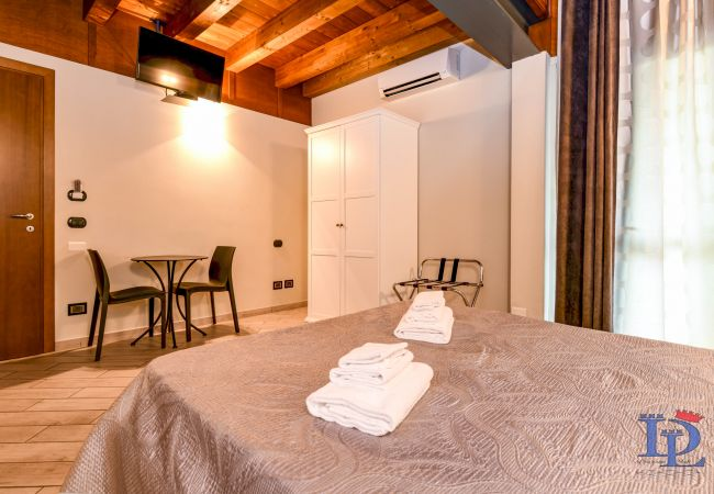 Affitto per camere a Peschiera del Garda - Peschiera : Garda Luxury rooms (room Peschiera)