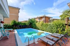 Ferienwohnung in Desenzano del Garda - APPARTAMENTO CON PISCINA PRIVATA