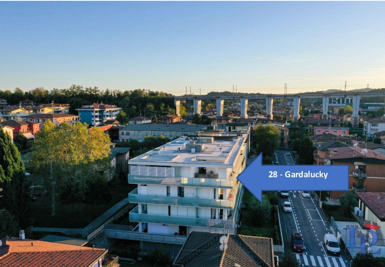 Ferienwohnung in Desenzano del Garda - Desenzanoloft:  Ferienwohnung Glück am Gardasee 10 people CIR 017067-CNI-00108