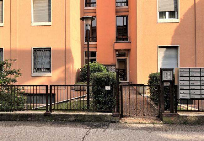 Ferienwohnung in Desenzano del Garda - Das Fenster am See ( CIR 017067 CNI-00441 )