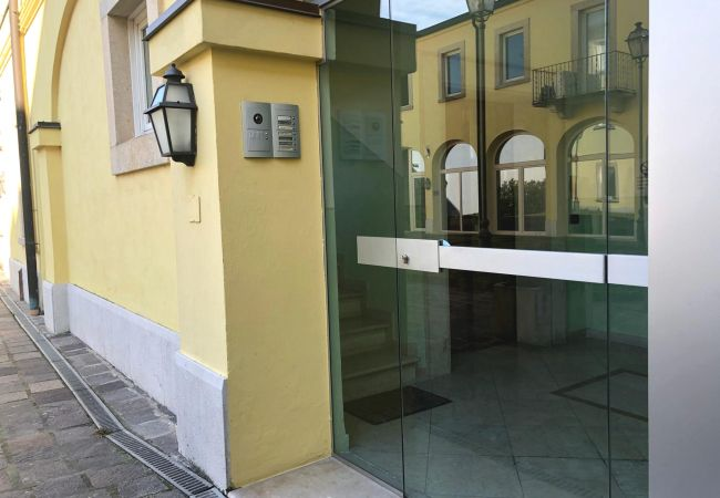Apartment in Desenzano del Garda - SUITE OF LAKE DESENZANO * ( CIR 017067-CIM-00341 )