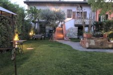 Villa a Desenzano del Garda - VILLA INDIPENDENTE CON GIARDINO E PISCINA AD USO ESCLUSIVO
