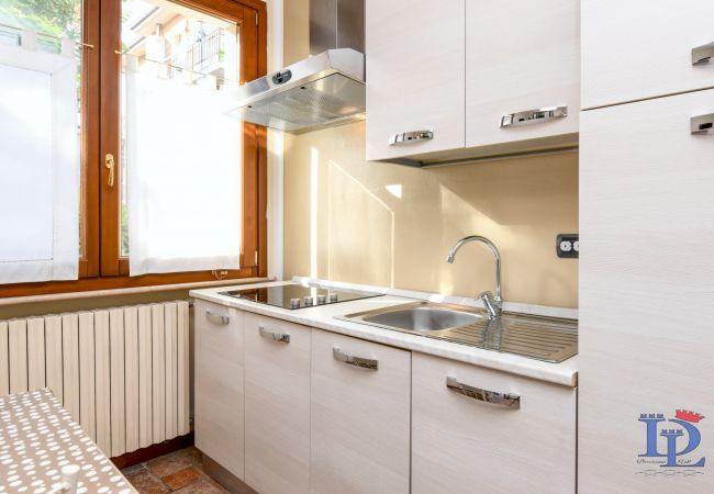 Appartamento a Desenzano del Garda - APPARTAMENTO CON PISCINA PRIVATA