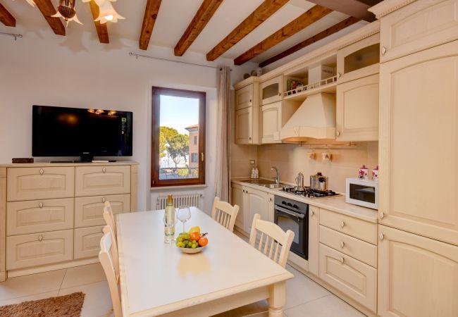 Квартира-студия на Desenzano del Garda - LA MIA FAVORITA * ( CIR 017067-CNI-00351 )