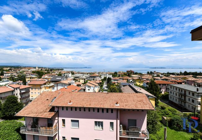 Апартаменты на Desenzano del Garda - Desenzanoloft: La Finestra sul Lago
